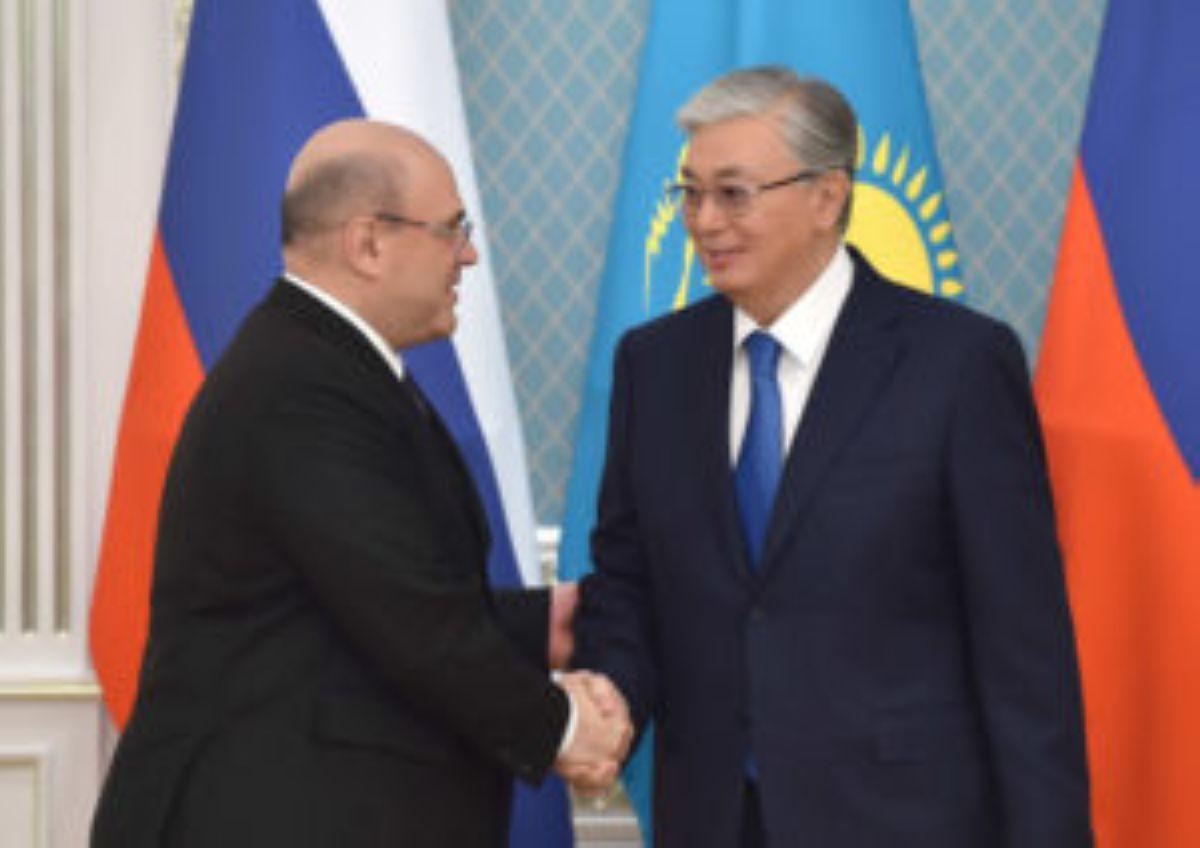 Тоқаев Путинді Көкшетауға шақырды