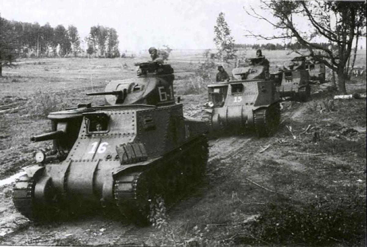 Кеңес Одағына «Ленд-лизбен» әкелінген америкалық «Генерал Ли» танкілері