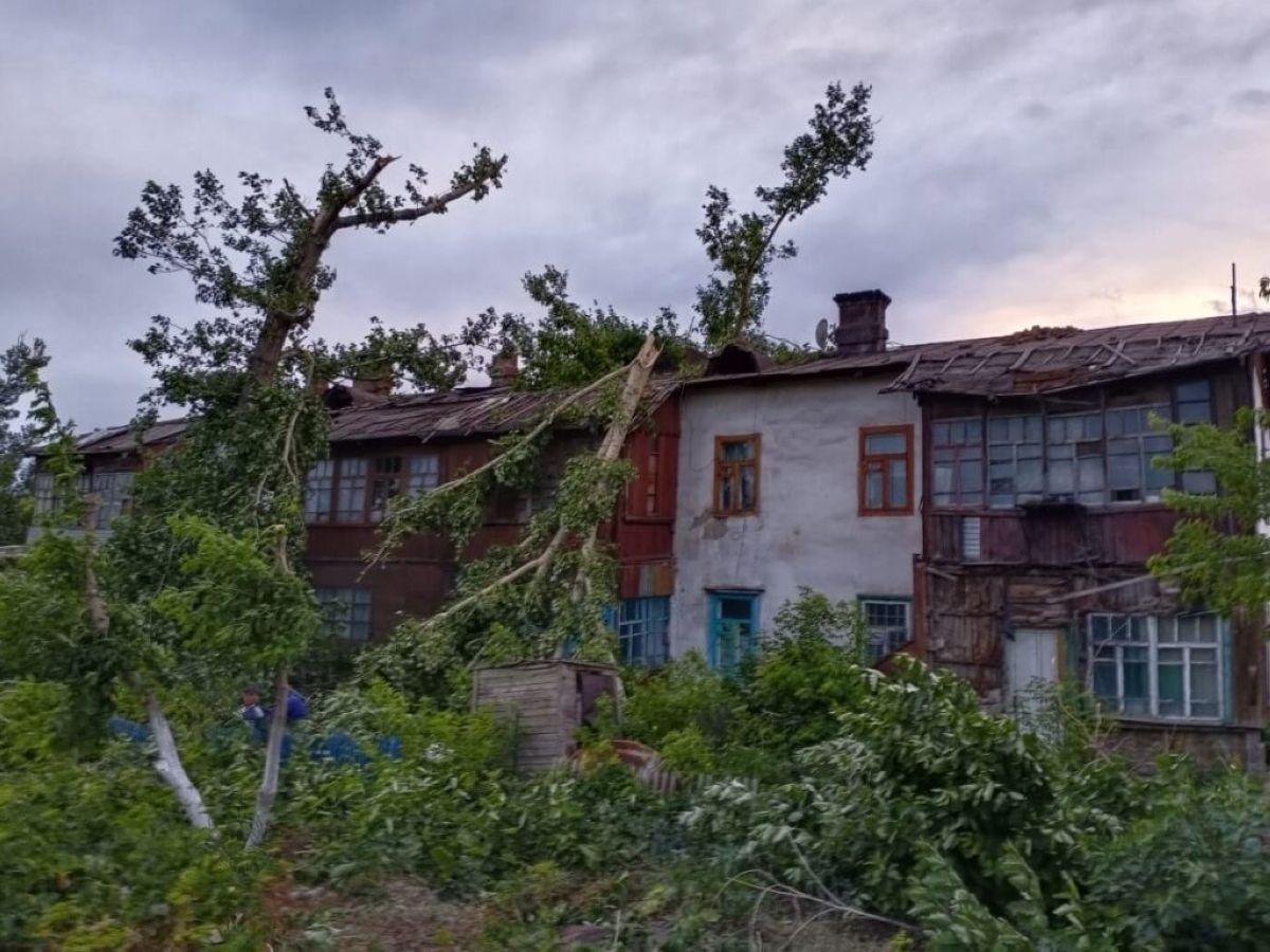 Аягөз қаласындағы қатты дауылдан 7 адам зардап шекті