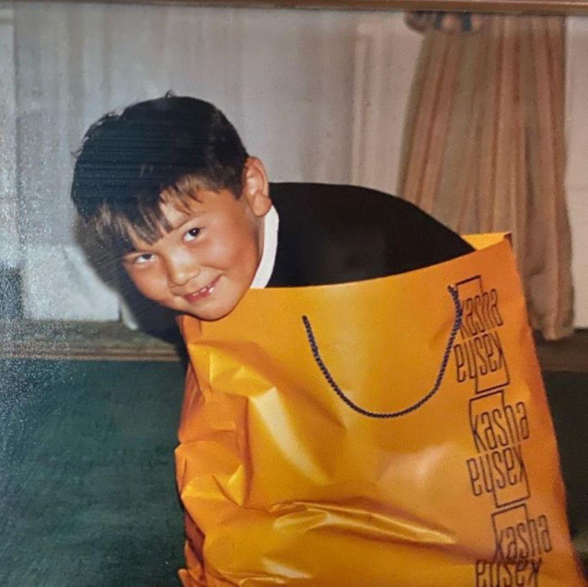 «Бауырым-ай...» – Нұрәлі Әлиев Айсұлтан Назарбаевтың бұрын еш жерде жарияланбаған фотоларын көрсетті