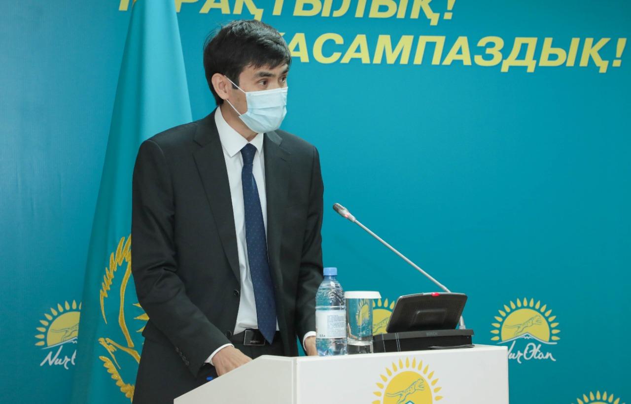 «Nur Otan» партиясы коронавирустан қайтыс болған медицина қызметкерлеріне өтемақы төлеуді талап етті