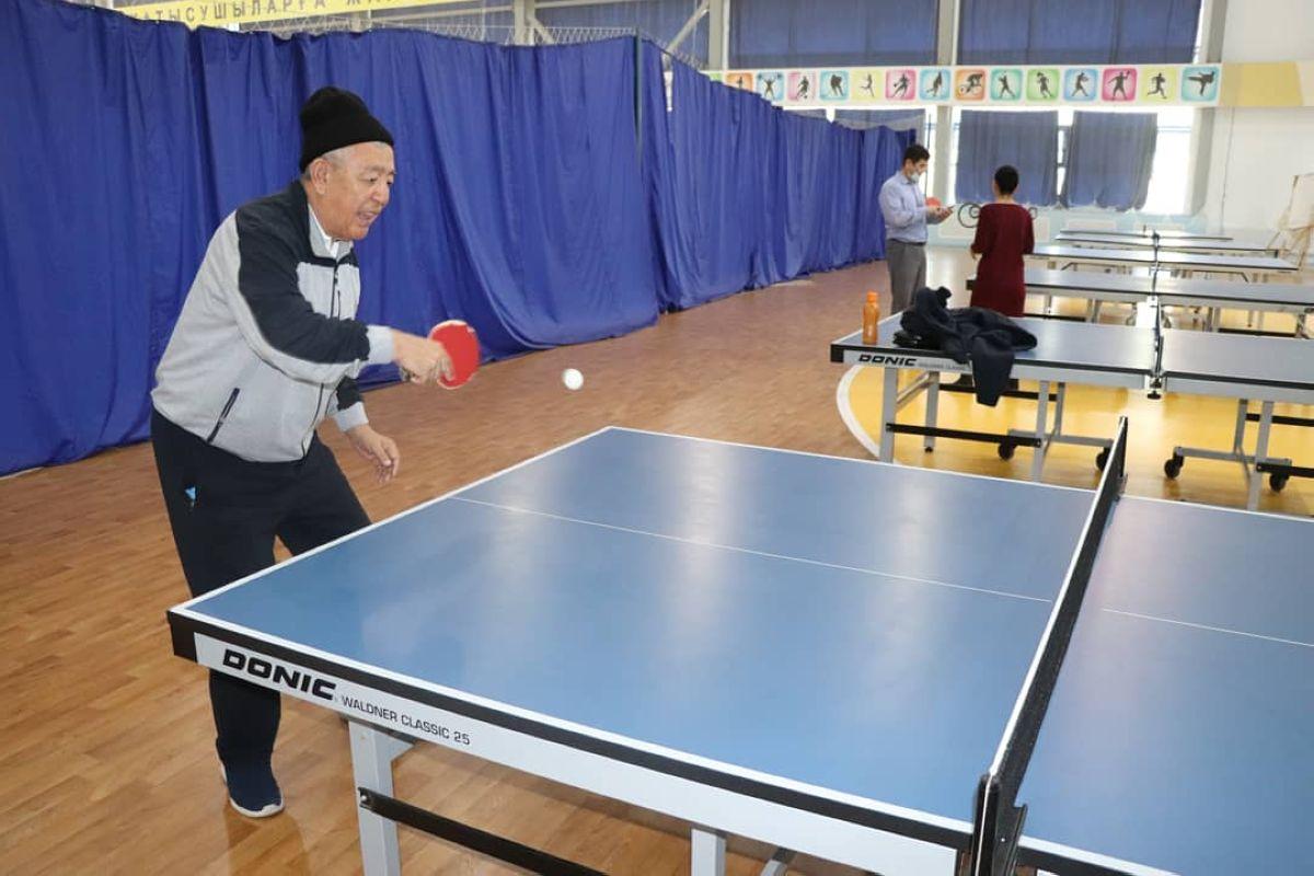 Ардагерлер арасында шахмат және үстел теннисінен турнир өтті