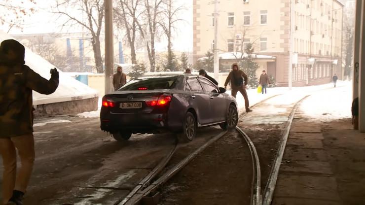 Украина, Киев, жол ережесі, дипломат