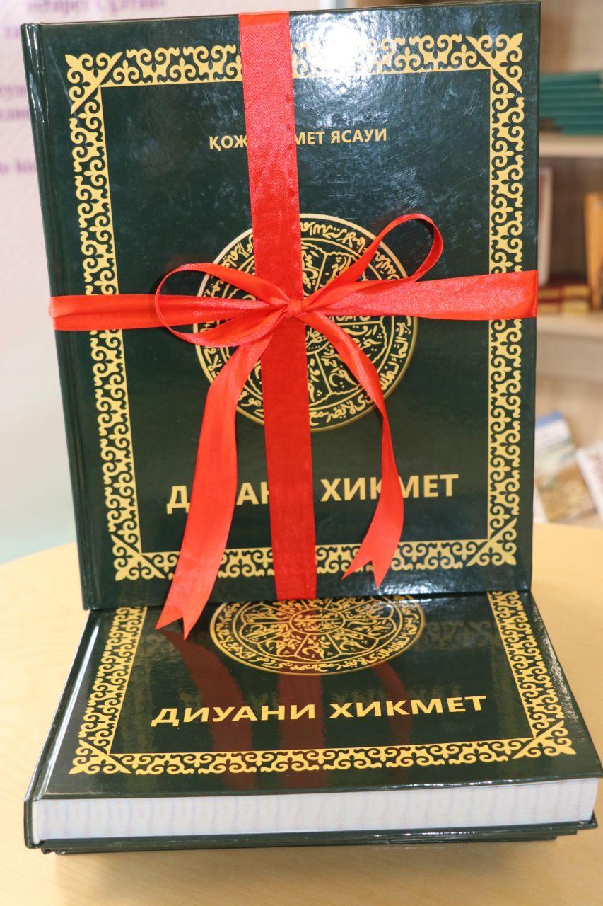Түркістан тарихына қатысты тарихи кітаптардың тұсаукесері өтті 4