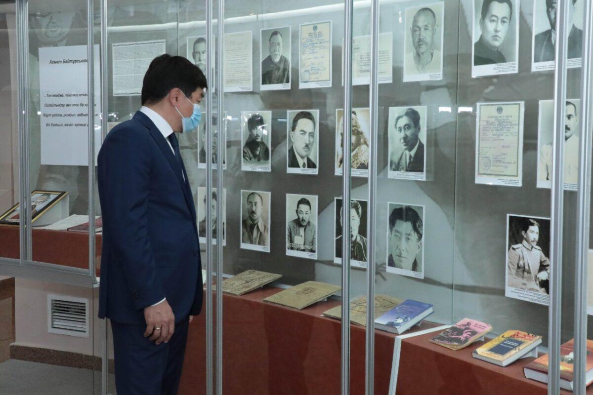 Бауыржан Байбек саяси қуғын-сүргін құрбандарының мұражайына барып тағзым етті 2