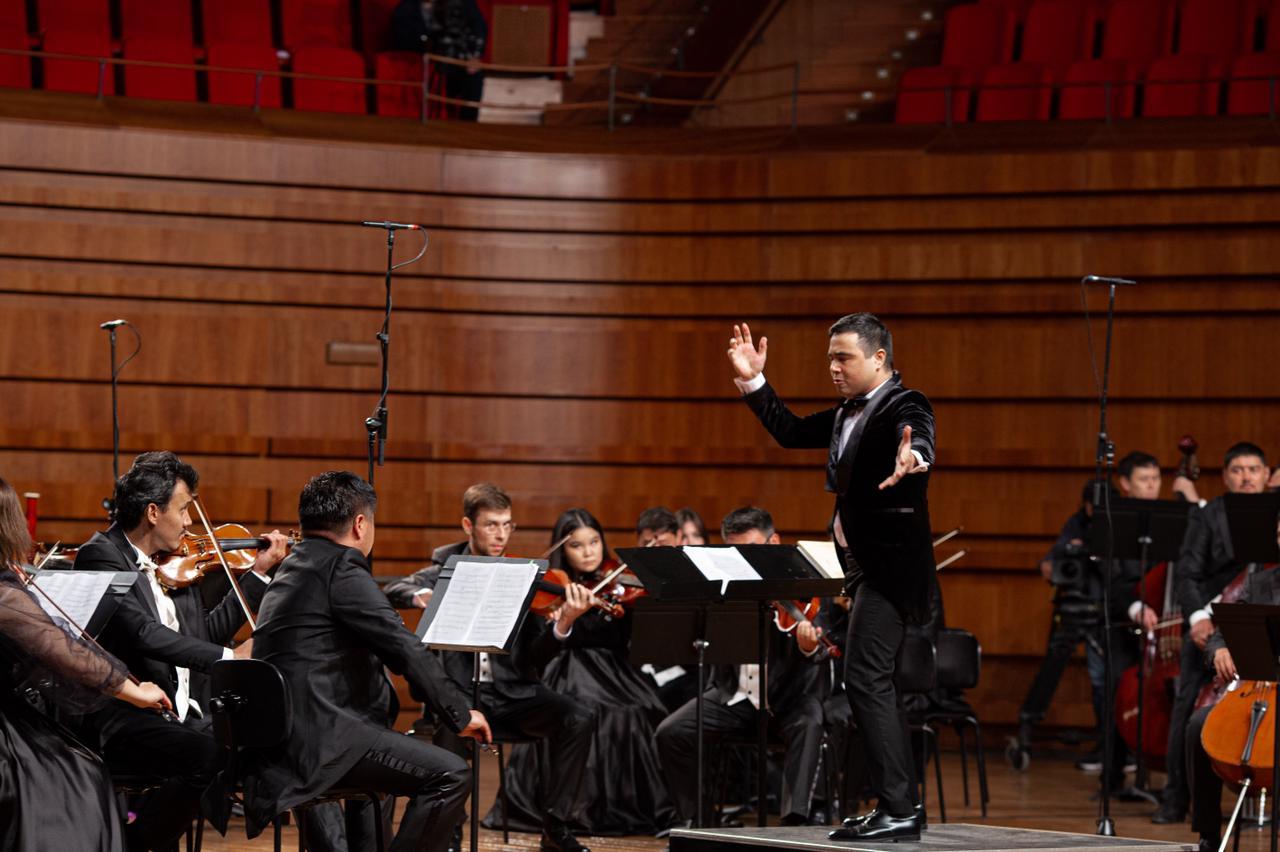 Рәміздер күніне орай үлкен симфониялық концерт өтті 2