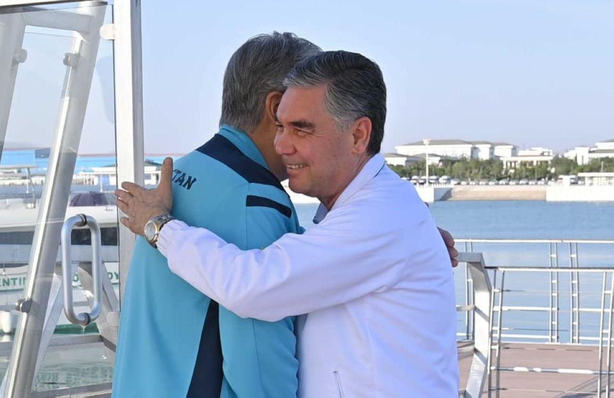 Қазақстан мен Түрікменстан Президентінің бейресми кездесуінен суреттер жарияланды